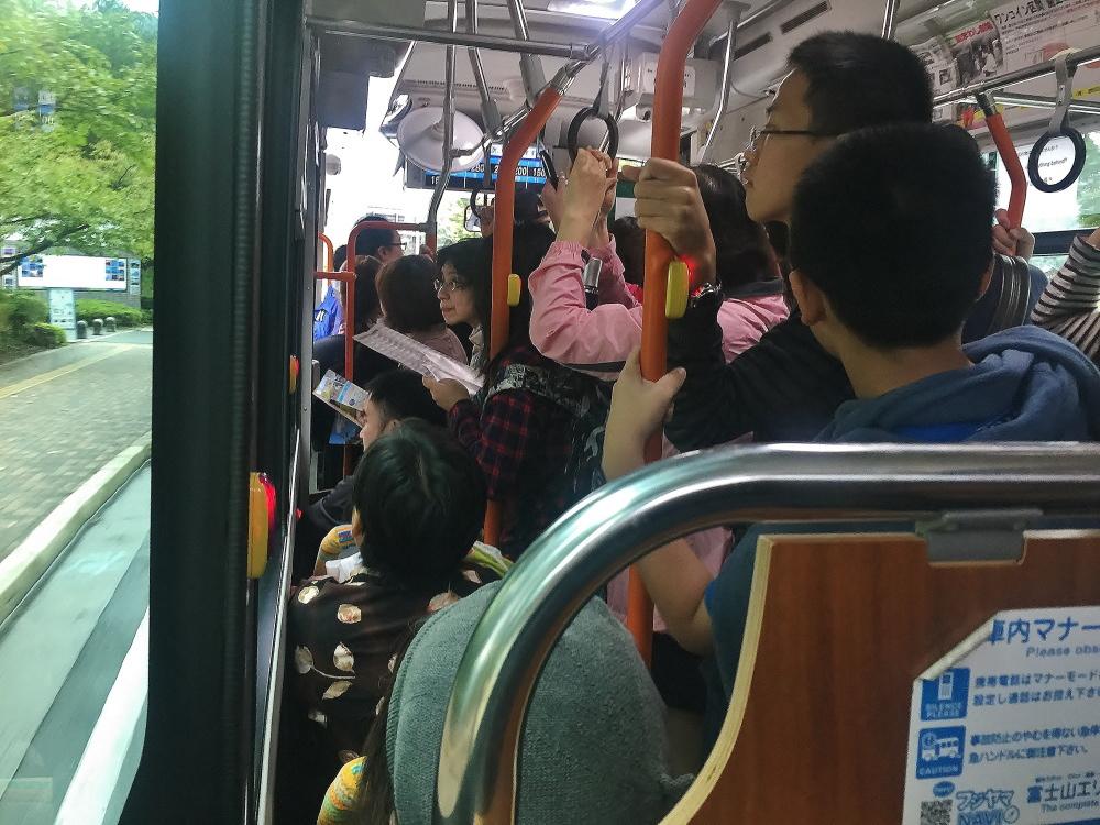 河口湖駅から星のや富士 バス