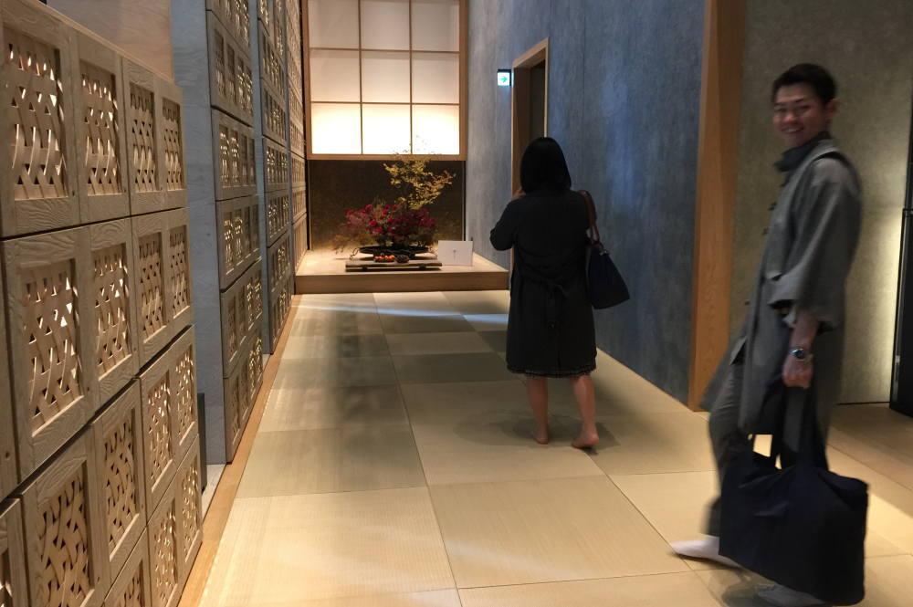 星のや東京 玄関