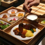 【星のや東京】朝食はお弁当スタイルのルームサービス。和食と洋食、両方頼みました。
