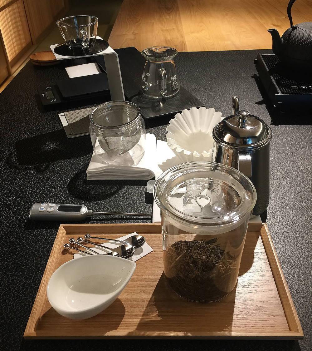 星のや東京 お茶の間ラウンジ コーヒー ほうじ茶