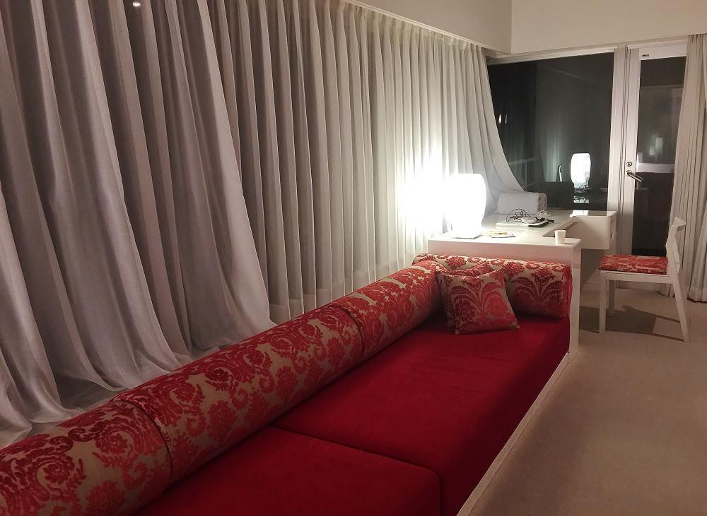 ウトコ 客室 ソファー