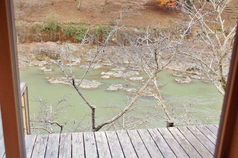 星のや京都 窓からの眺め 大堰川 小倉山