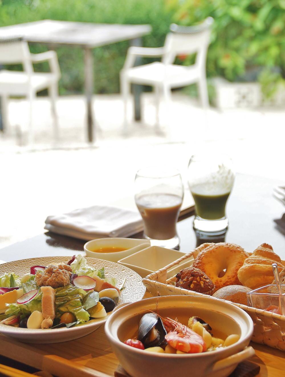 星のや竹富島 ダイニング 朝食