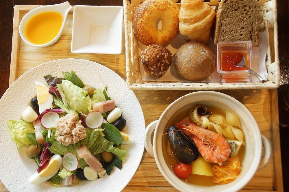 星のや竹富島 朝食 洋食 海風ブレックファスト 内容