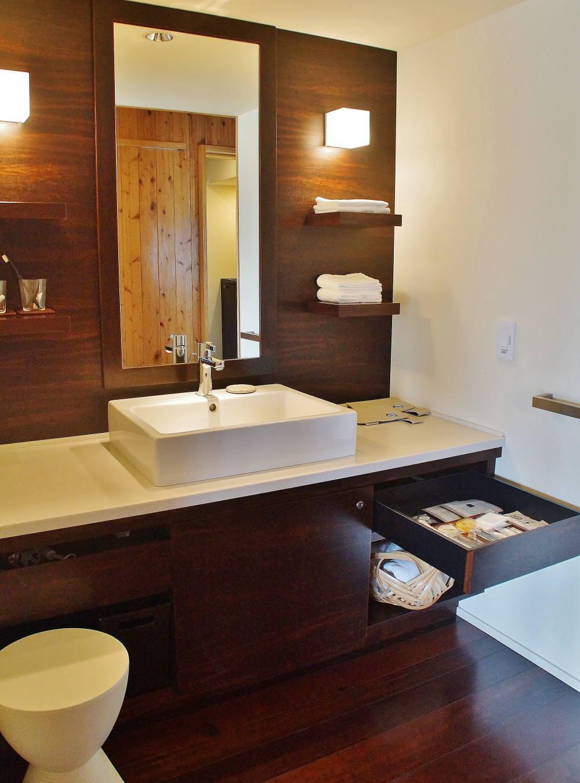 星のや竹富島 客室 洗面台