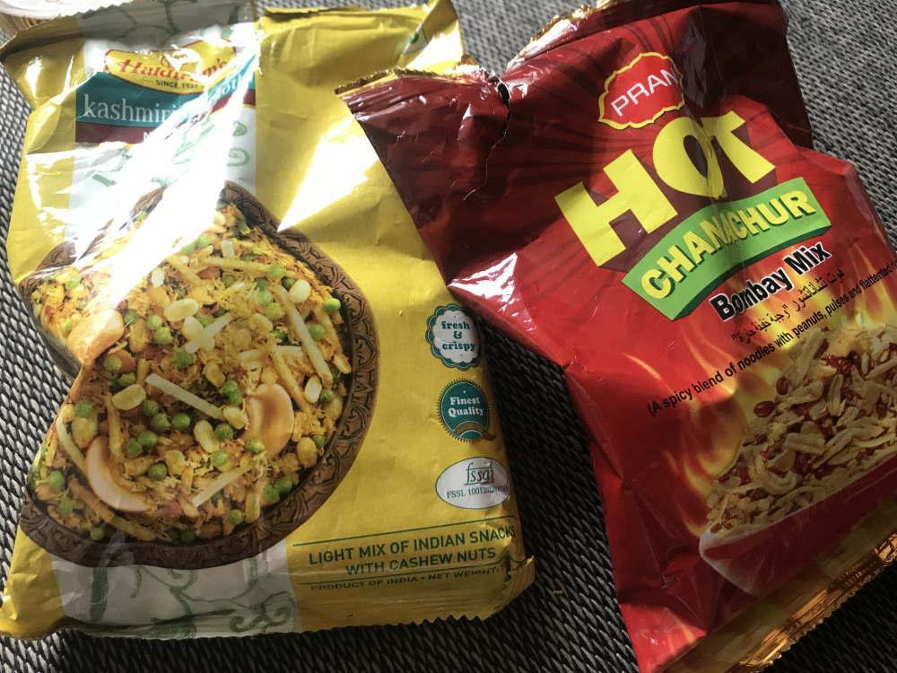 ハラルフードMM-martで買ったスナック菓子
