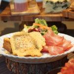 【BEB5 軽井沢】朝は羽根つきフレンチトースト!カフェ&バーをご紹介